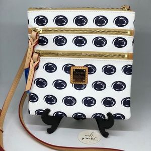 DOONEY & BOURKE Penn State Crossbody 💥NWT💥